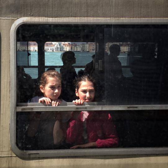 venezia, street photo, shot on iphone, iphone shot, liana solis